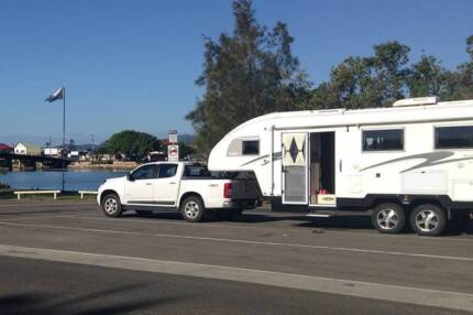 2014 Travelhome 25ft Australian Built Fifth Wheeler - URGENT SALE