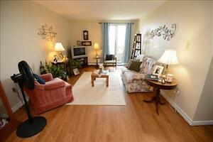 Great 2 Bedroom Apartment for rent in Leamington!