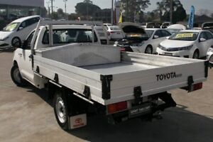 2013 Toyota Hilux KUN16R MY14 SR Glacier White 5 Speed Manual Cab Chassis