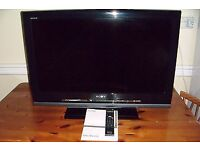 32 inch Sony bravia lcd. Remote control included