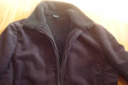 """""""Ladies suede jacket.SIZE 16 AS NEW"""