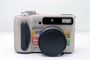 Sony Cyber-shot (DSC-S75) Digital Still Camera