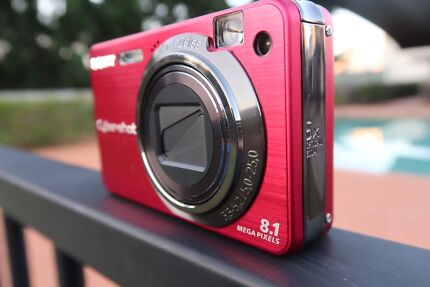 SONY Digital Camera (Red)