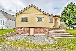 2 bedrooms lake front bungalow