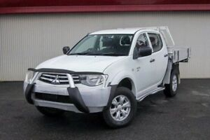 2010 Mitsubishi Triton White Manual Utility Dandenong Greater Dandenong Preview