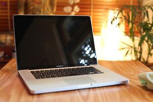 Macbook Pro 15-inch 2.2ghz quad core 17 Victoria Park Victoria Park Area Preview