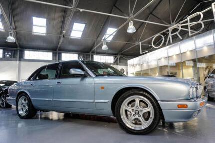 1997 Jaguar XJ6 Series II 3.2 Blue 4 Speed Automatic Sedan