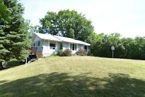 10 MINUTES FROM VERONA, 2156 SECOND LAKE ROAD