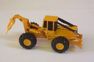 Wanted : John Deere 1/64 scale model toys