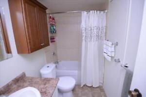 2 Bedroom Apartment for Rent Minutes to Downtown! Belleville Belleville Area image 6