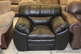 BRAND NEW DFS EX DISPLAY FORCE ARMCHAIR IN BLACK VENEZIA LEATHER RRP £695