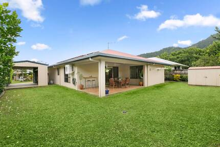 Immaculate lifestyle home in Redlynch Valley Estate