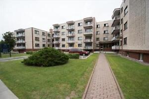 Blvd Jules Poitras and Blvd Thompson: 325 - 415 Cote Vertu, 3BR West Island Greater Montréal image 2