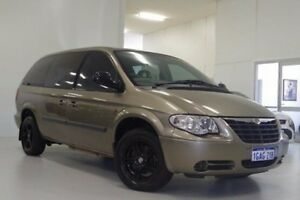 2006 Chrysler Grand Voyager RG 4th Gen MY06 SE Beige 4 Speed Automatic Wagon Myaree Melville Area Preview