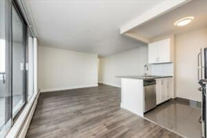 Keith Rd and Lonsdale Ave: 151 East Keith Road, 1BR North Shore Greater Vancouver Area image 9