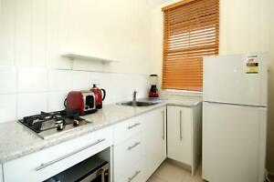 Clean, Quiet, Close to Shops and Transport Highgate Hill Brisbane South West Preview