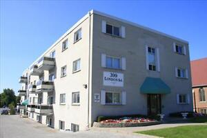 Lovely 2 bedroom apartment for rent on London Road! Sarnia Sarnia Area image 2