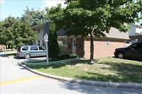 Beautiful Family Friendly Townhouse, GREAT FIND!