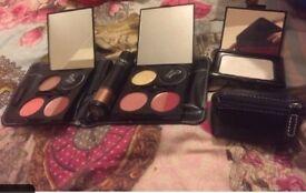Make up set Makeover essentials