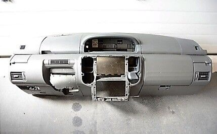 Left hand drive Europe type dashboard (wide console) Nissan Xtrail T30 2000 - 2007 LHD
