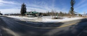 HOUSE/COMMERCIAL LAND/1.5ACRES/PARKING FOR RENT CHILLIWACK