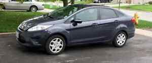 2013 FORD FIESTA *CERTIFIED * MINT CONDITION *