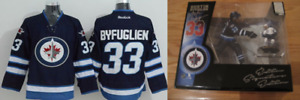 Dustin Byfuglien (Winnipeg Jets) Woman Jersey (S) & Action Figs.