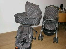 Mama's and papas travel system RRP £650