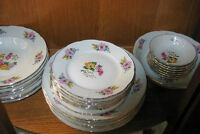 50 % Off Chzechoslovakian Thun Fine China Set of Dishes