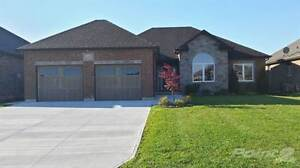 Homes for Sale in Heritage, Sarnia, Ontario $384,500
