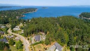 Homes for Sale in Nanoose Bay, British Columbia $1,198,000