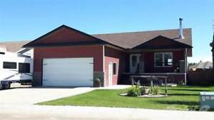 Homes for Sale in Bashaw, Alberta $317,000