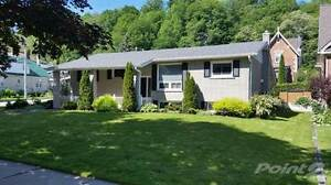 Homes for Sale in West Side, Owen Sound, Ontario $324,900
