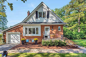 OPEN HOUSE ANCASTER! Sunday October 14, 2-4 pm