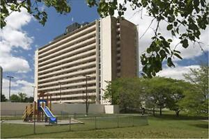 Erin Mills and Fowler: 1970 - 1980 Fowler Drive , 2BR