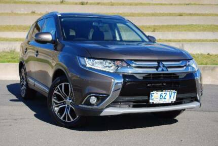 From only $118 p/week on finance* 2015 Mitsubishi ES Outlander North Hobart Hobart City Preview