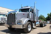 ALBERTA OILFIELD SPEC 2011 Peterbilt 667. #4457