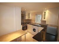 2 bedroom flat in Perham Road, West Kensington, W14