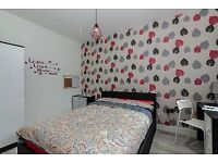 Bedrooms, Luxury, Fallowfield,3 baths,TVs, near, 24hr bus route to City,uni, airport,CCTV