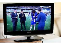 """Samsung 32"""" LCD TV for sale"""