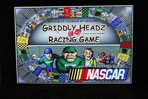 Used, GRIDDLY HEADZ RACING GAME NASCAR LIKE NEW TAXES INCLUSES for sale  Laval/Rive Nord