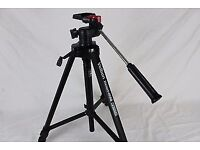 CAMERA TRIPOD adjustable
