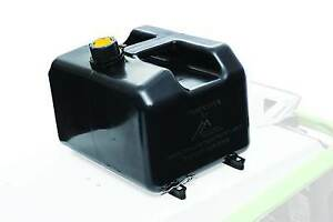 3.3 Gallon Mountain Addiction gas can with Skidoo Xm mounts