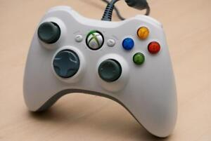 Xbox 360 Wired Controller (White) - X811616-006 - Used/Tested & Working