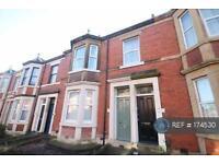 5 bedroom flat in Ashleigh Grove, Newcastle Upon Tyne, NE2 (5 bed)