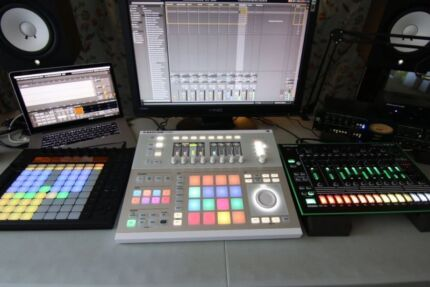 MUSIC  PRODUCTION LESSONS WITH ABLETON BRISBANE  1-2-1 WITH PRO