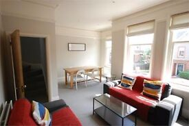 Stunning, three double bedroom period maisonette in Streatham Hill ! ONLY £438pw