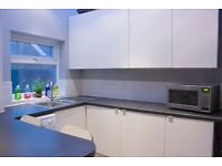 1 ROOM AVAILABLE, NO AGENCY FEES, RECENTLY REFURBISHED MODERN 6 BED HOUSE IN WARWICK ST HEATON D26