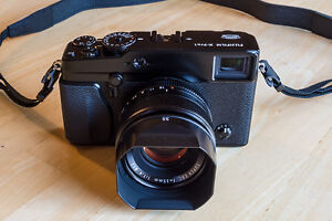 FUJI XPRO1 + XF18mm and many accesories