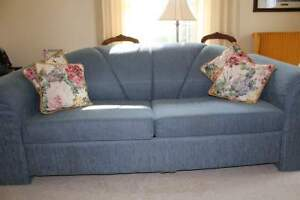 Pull Out Sofa/Couch Double Cambridge Kitchener Area image 1